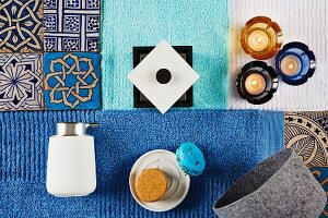 Bathroom accessories in shades of blue