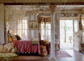 Romantic studio apartment with melancholy charm