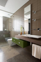 Modern bathroom in shades of brown