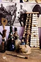 Vintage Xylophon und Glaslfaschen