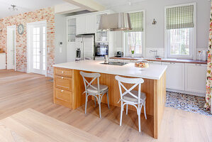 Open-plan country-house-style kitchen