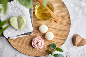 Handmade, natural soaps and fizzy bath bombs