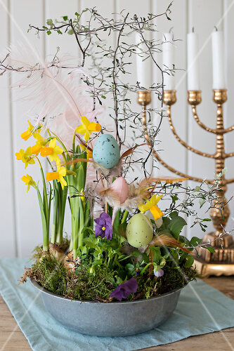 Creative Easter Blossoms