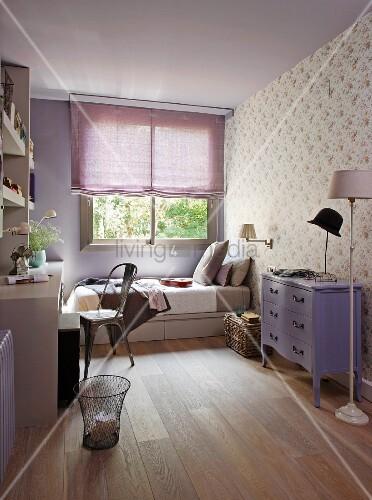 Fliederfarbenes Jugendzimmer Lila Bild Kaufen 11080113