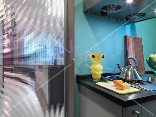k chenzeile mit dunstabzug und bild kaufen 11092851 living4media. Black Bedroom Furniture Sets. Home Design Ideas