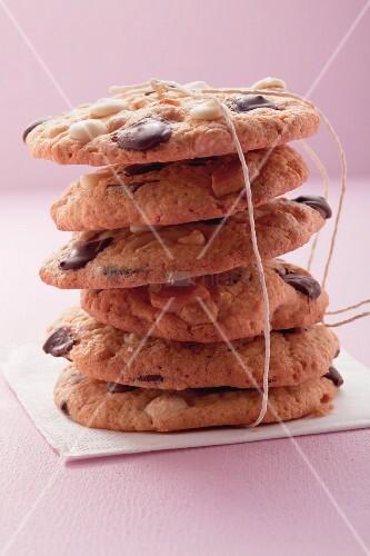 Gestapelte Chocolatechip Cookies