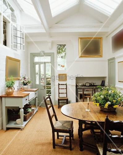 landhausk che mit deckenfenstern bild kaufen 11213705 living4media. Black Bedroom Furniture Sets. Home Design Ideas