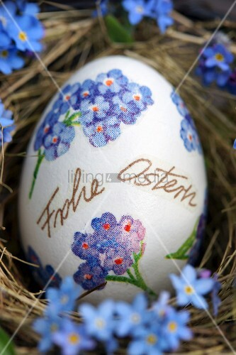 Easter egg decorated with forget-me-nots