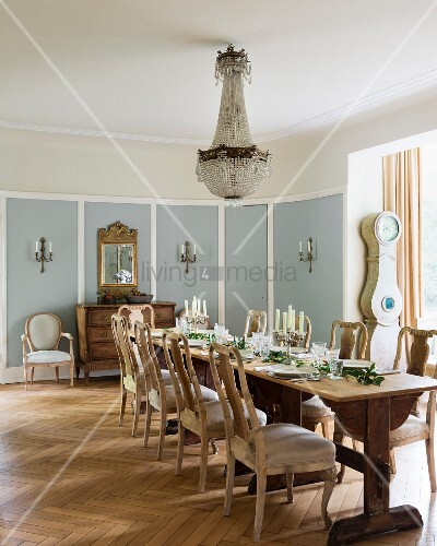 Country Style Dining Room Furniture: Chandelier Above Festively Set Dining …