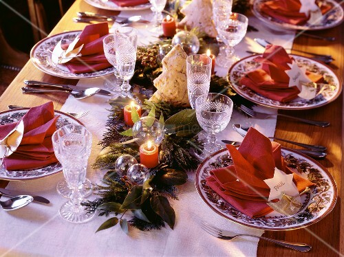 Festive Christmas Table Setting; Place Cards