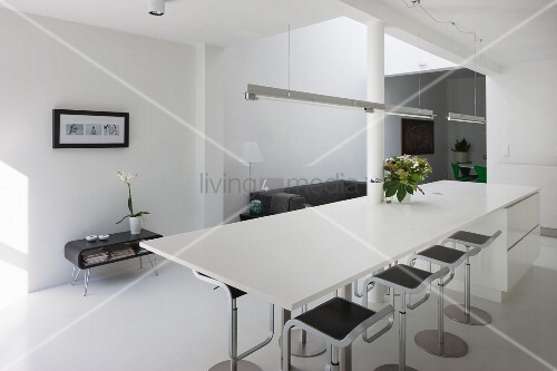 White kitchen counter in minimalist dining area