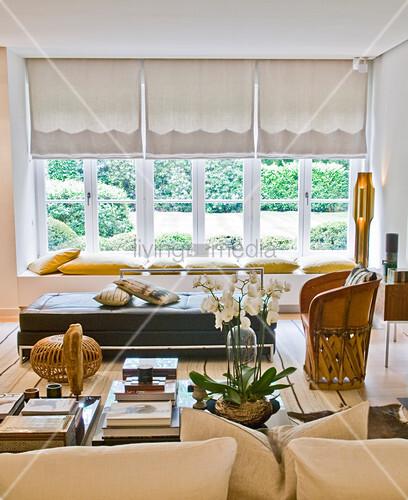 couchtisch mexikanischer sessel ledersofa und sitzkissen. Black Bedroom Furniture Sets. Home Design Ideas
