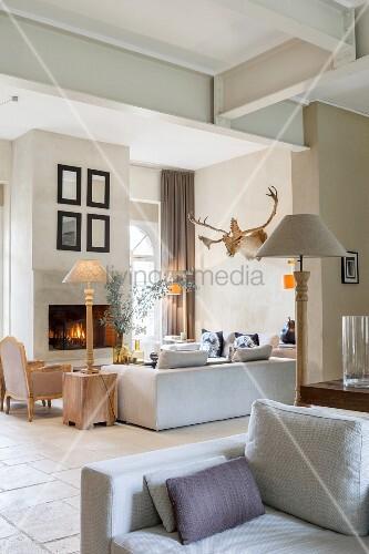 Wohnzimmer Im Französischen Landhausstil In Soften Farben