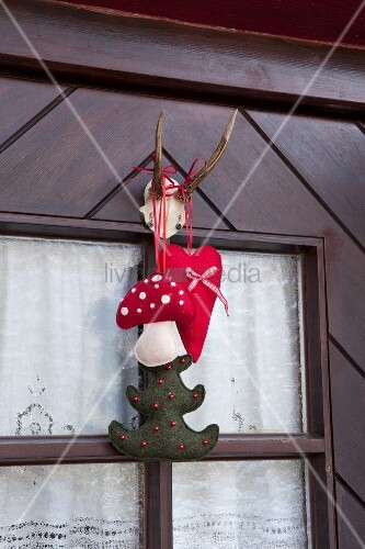 Festive felt door decoration
