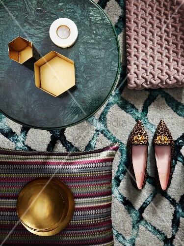 Various accessories in pastel, petrol and metallic shades