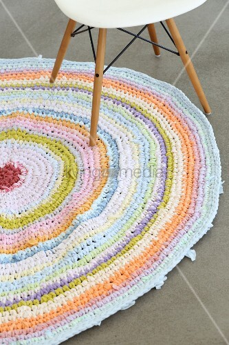 Round crocheted rug made from recycled T-shirt yarn
