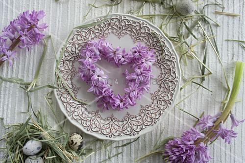 Heart-shaped wreath of hyacinth florets