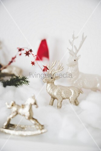 Christmas arrangement with stags