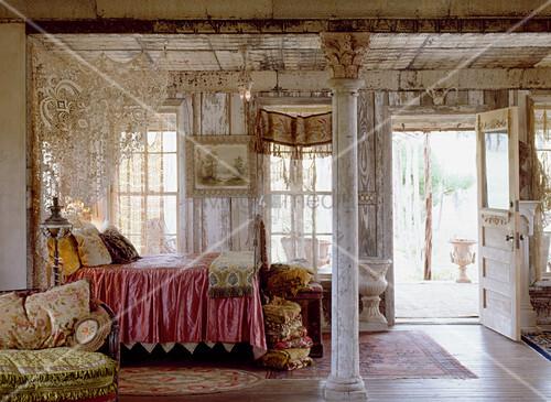 Romantic studio apartment with melancholy charm