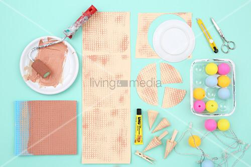 Anleitung für eine sommerliche Lichterkette mit Eistüten