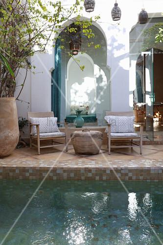 Pool in courtyard of the Hotel Ryad Dyor (Marrakesh, Morocco)