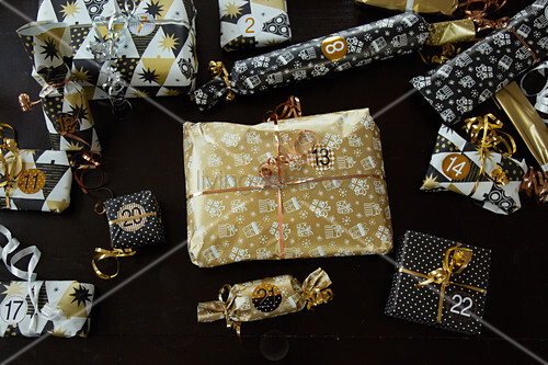 Wrapped and numbered gifts for Advent calendar