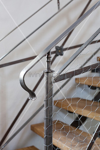 Metal and chicken wire balustrade