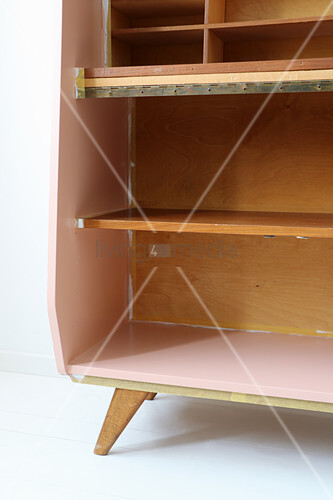Restoring a retro bureau