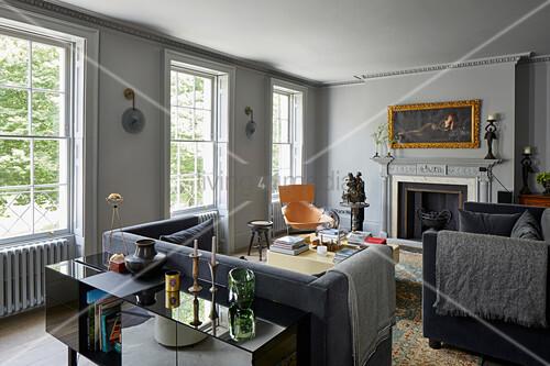 Eleganter Stilmix Im Wohnzimmer In Bild Kaufen