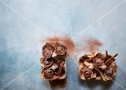 Mini hazelnut and chocolate tarts