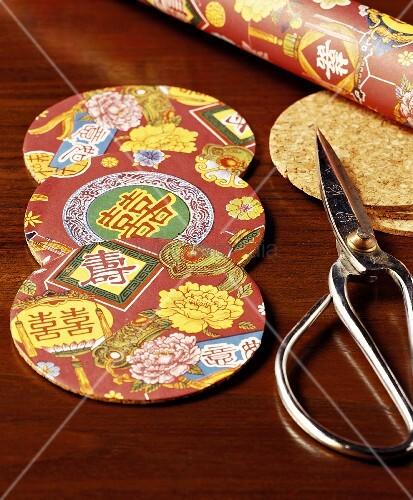 Untersetzer mit chinesischen Motiven, selbstgemacht