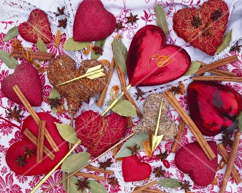 Heart-shaped decorations with spices for Mother's Day