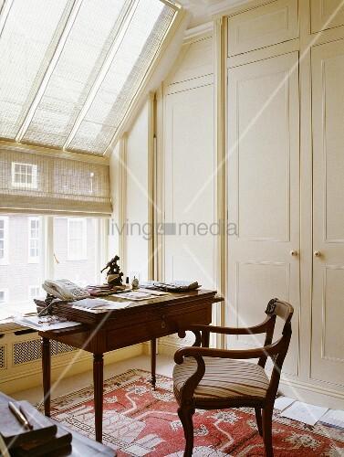 Altmodischer Schreibtisch Mit Bild Kaufen 00717053